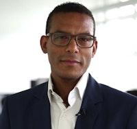 DanLahiri Agboli, Gründer & Geschäftsführer Opera Plun GmbH