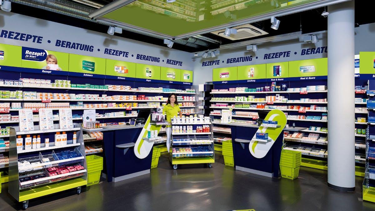easyApotheke (Holding) AG: Innovatives Apothekenkonzept erobert Deutschland