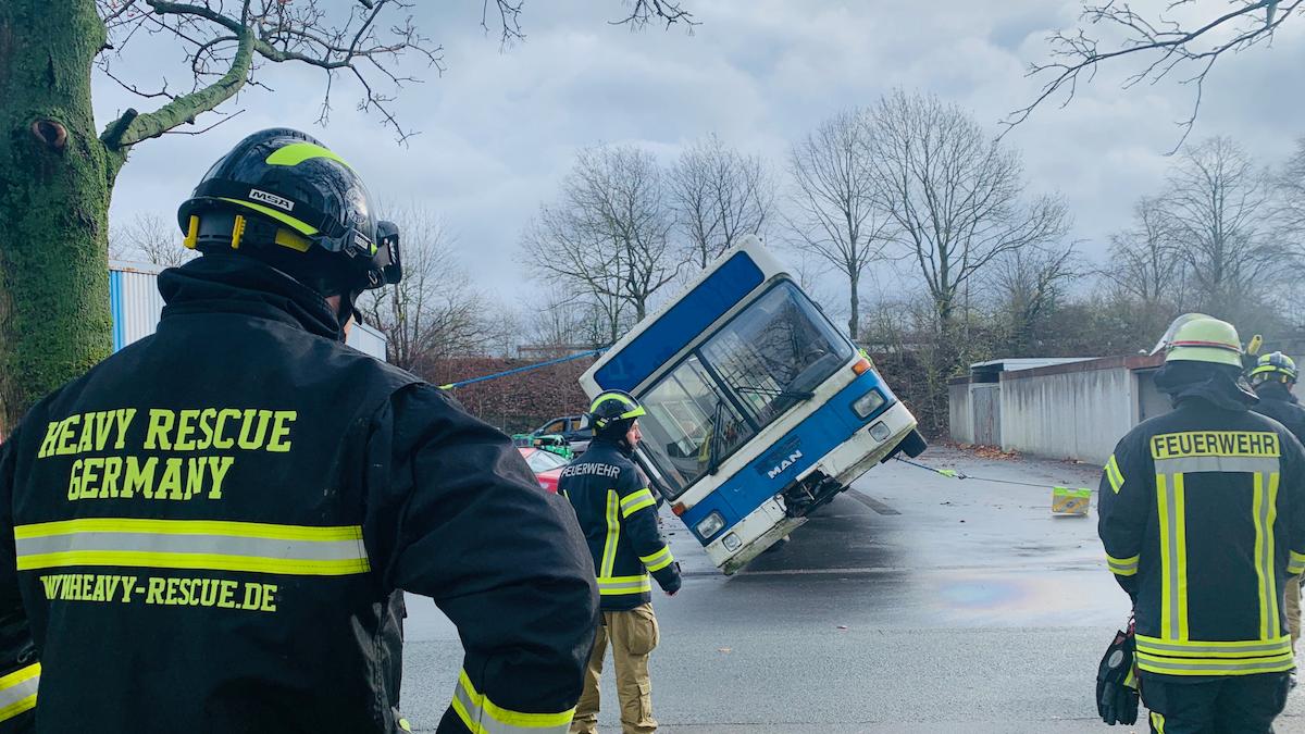 FWnetz GmbH: Heavy Rescue Germany - Spezialist für Sonderthemen im Feuerwehrbereich