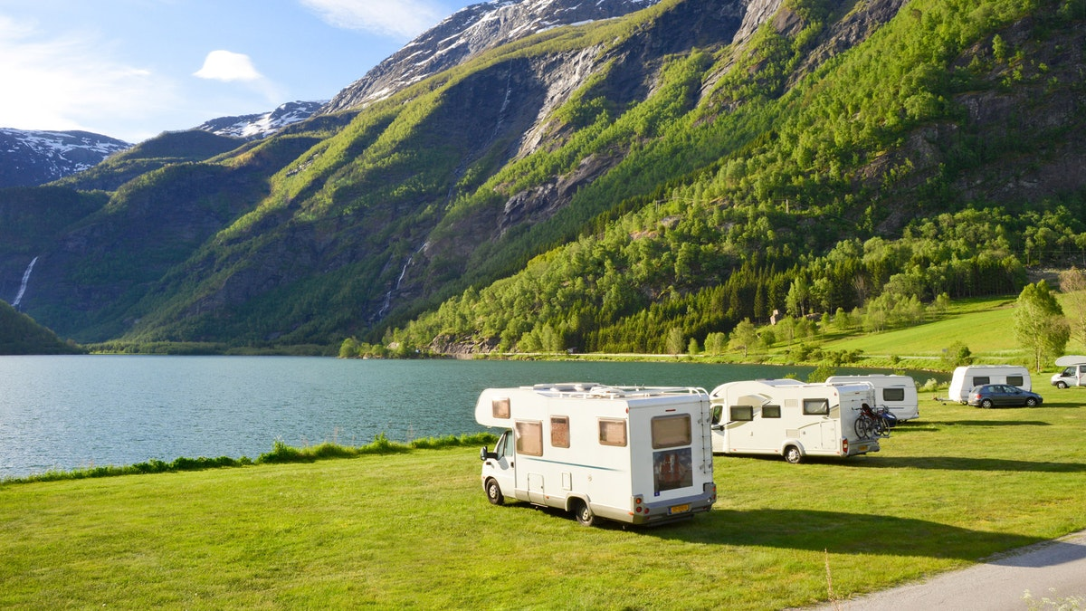 Heck Caravan & Reisemobile GmbH & Co. KG: Besser reisen: mobil, individuell, komfortabel