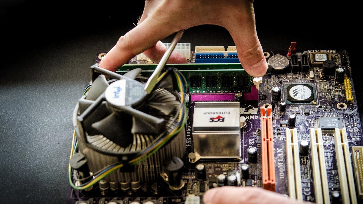 PC-e GmbH: IT-Rundumservice für Privat- und Geschaeftskunden