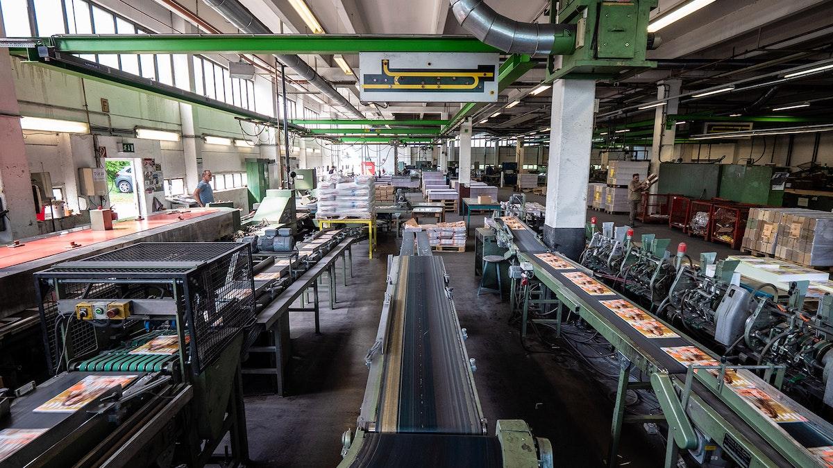 SCHACHT Papierverarbeitung GmbH: Traditionelle Buchbinderei neu ausgerichtet